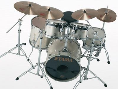 excellent drum set