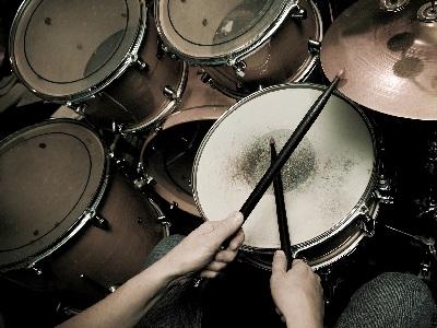 identify drum rolls